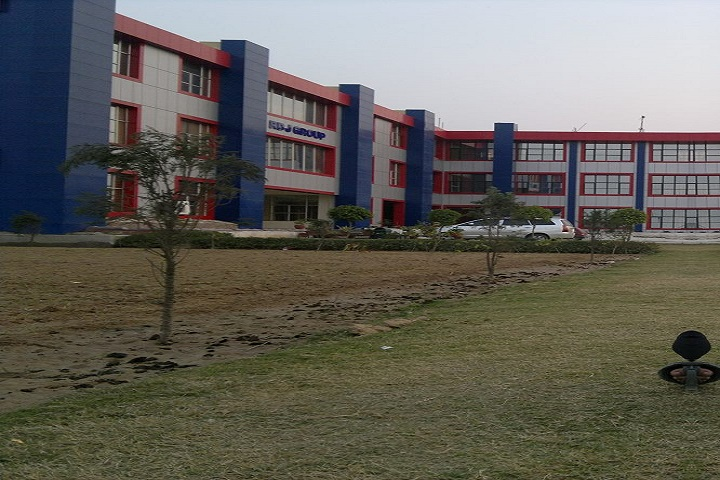 https://cache.careers360.mobi/media/colleges/social-media/media-gallery/3404/2019/3/20/Campus View of Ram Devi Jindal Group of Institutions Mohali_Campus-View.jpg